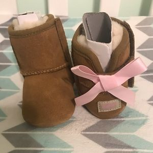UGG Jesse bow infant boot